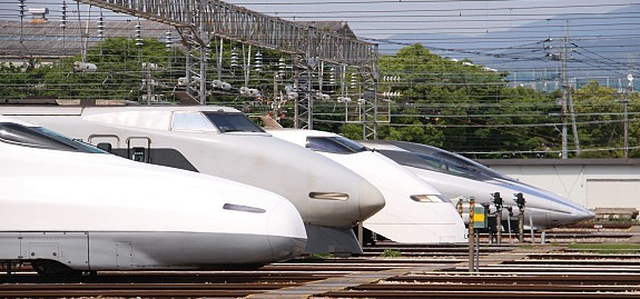 Berbagai type Shinkansen | Japan Guide