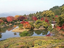 'Kyoto' from the web at 'http://www.japan-guide.com/g6/XYZeXYZe3936_225.jpg'