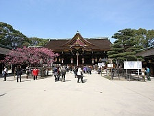 'Kyoto' from the web at 'http://www.japan-guide.com/g6/XYZeXYZe3939_225.jpg'