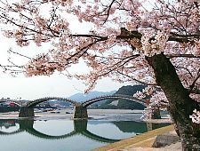 'Yamaguchi Prefecture' from the web at 'http://www.japan-guide.com/g6/XYZeXYZe6175_225.jpg'