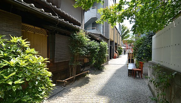 Tokyo: Kagurazaka | eRayn3  Tokyo: Kaguraza...