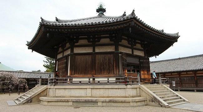 Nara Travel Horyuji Temple