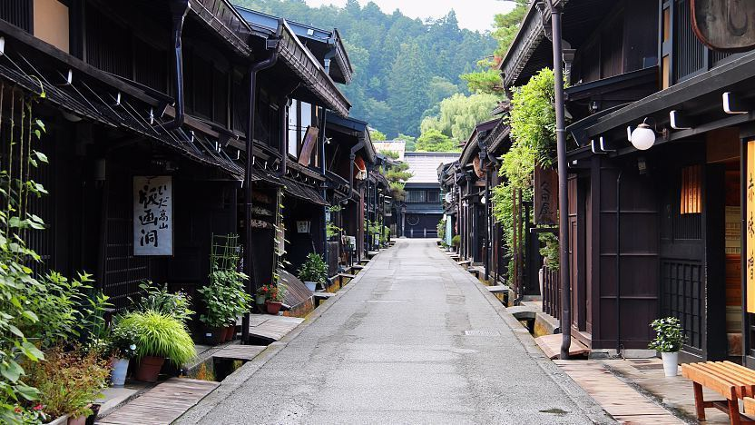 https://www.japan-guide.com/g17/5903_top.jpg