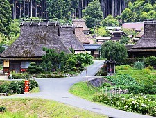Historic towns and districts in Japan