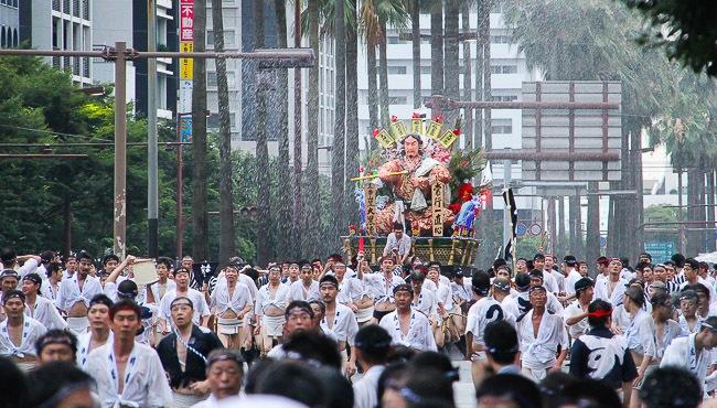Hasil gambar untuk Hakata Gion Yamakasa